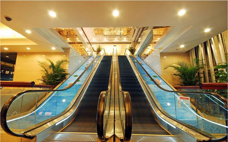 自动扶梯1